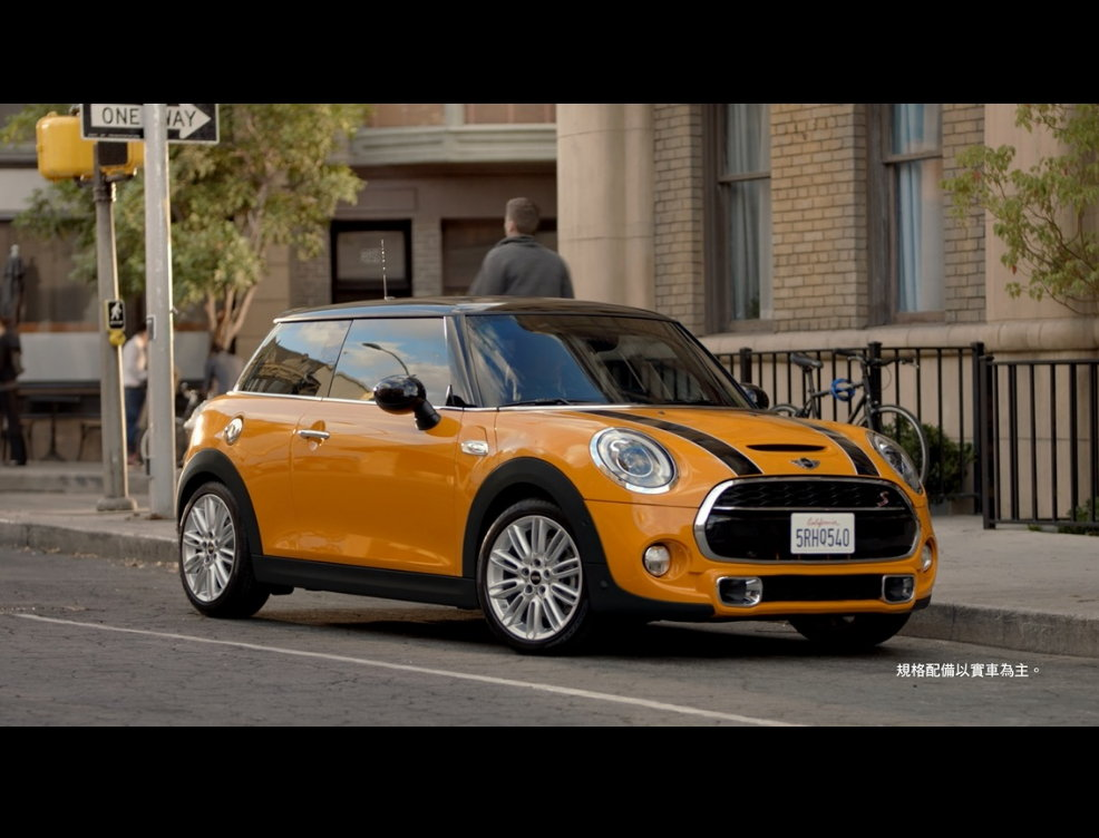 THE NEW MINI